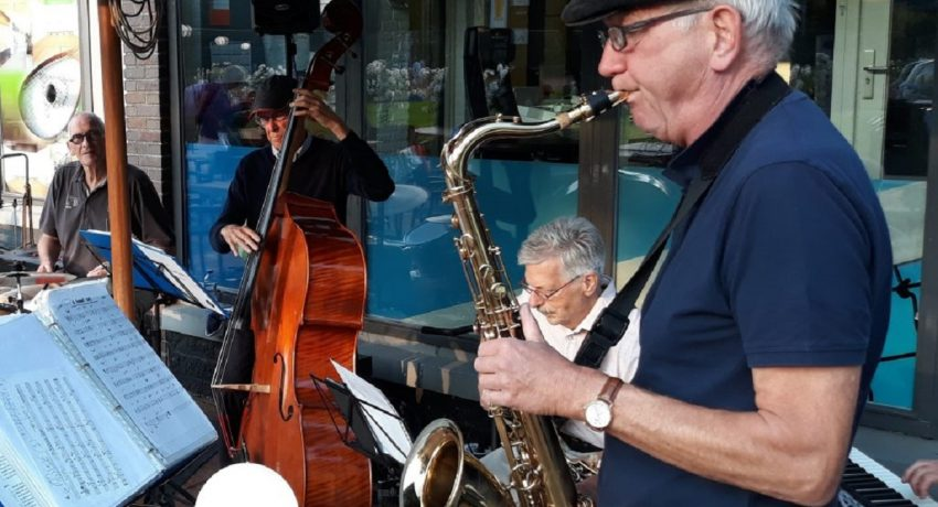 Optreden Jazz goes on in Overhout